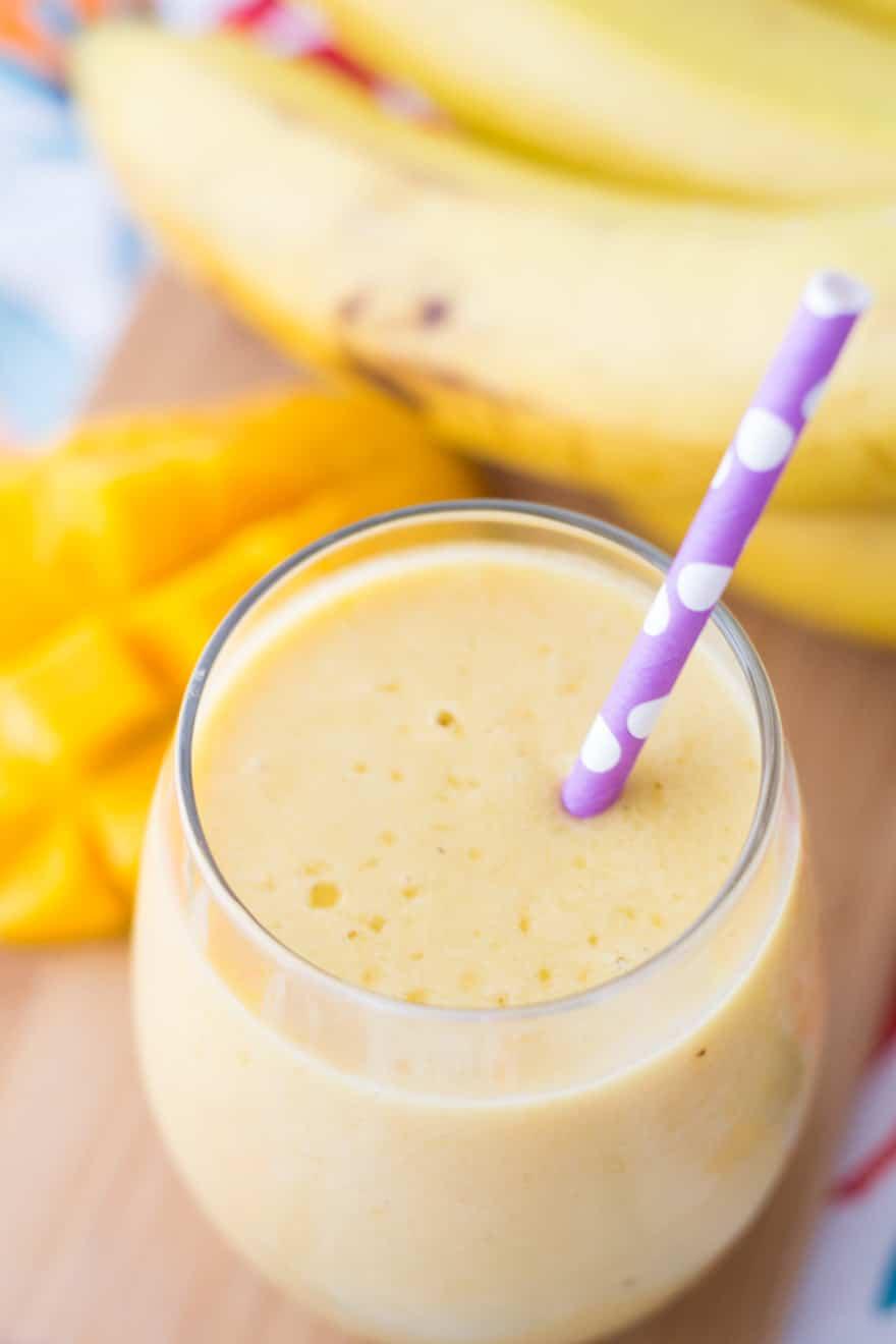 Delicious Mango Banana Smoothie