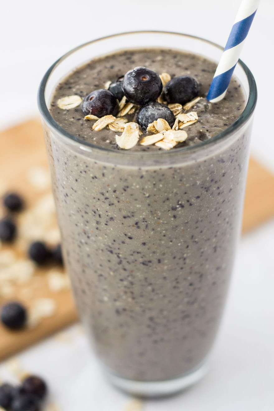 Creamy Blueberry Banana Oatmeal Breakfast Smoothie