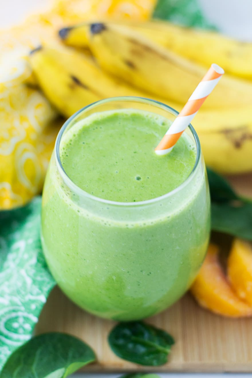 Green Peach Spinach Smoothie